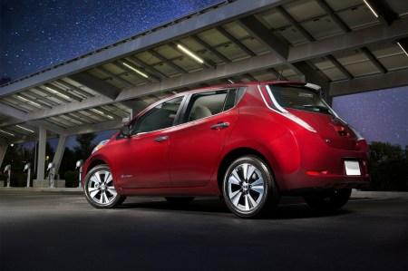 МВД: В Украине уже зарегистрировано 2846 электромобилей, при этом только 15% из них условно новые, а 78% рынка занимает Nissan Leaf (2241 штук)
