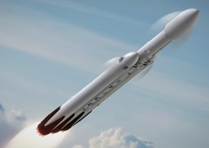 SpaceX провела огневые испытания бокового ускорителя ракеты Falcon Heavy