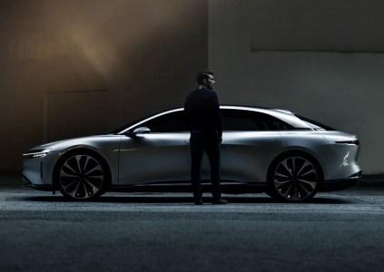 У Lucid Motors нет средств на строительство в США завода по производству электромобилей, зато по слухам есть уже три потенциальных покупателя