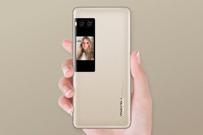 Анонсированы флагманские смартфоны Meizu Pro 7 и Pro 7 Plus с дополнительными экранами на задней панели и сдвоенными камерами