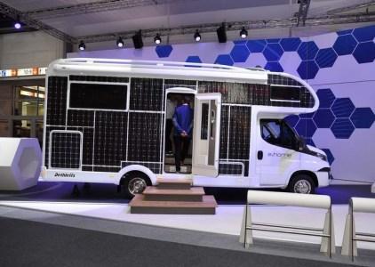 Немцы представили электрический дом на колесах Dethleffs e.home с солнечными панелями площадью 31 м2 и запасом хода 200 км