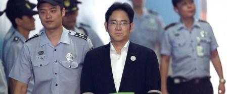 Вице-президент Samsung Electronics и фактический глава Samsung Group приговорен к пяти годам за взятки