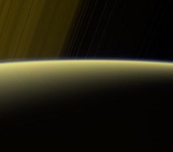 Спасибо, Cassini! И прощай. Зонд стал частью Сатурна