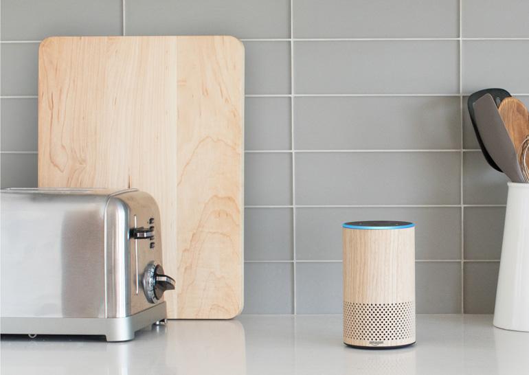 Amazon выпустила ряд новинок в линейке Echo: Echo Spot, Echo, Echo Plus и Echo Buttons