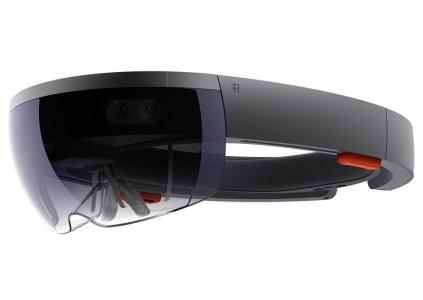 Ford использует гарнитуру Microsoft HoloLens для разработки дизайна автомобилей
