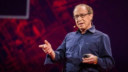 Футуролог Рэй Курцвейл призвал не бояться автоматизации