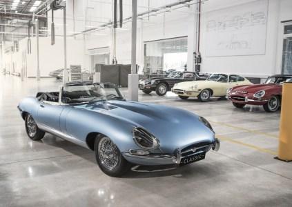«Самый красивый электромобиль в мире»: Британцы построили электрический Jaguar E-type Zero на основе классической модели 1968 года