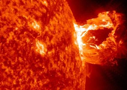 Мощнейшая за последние 12 лет солнечная вспышка вызвала сбои в работе GPS