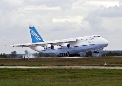 Выполняя серию коммерческих рейсов, украинский Ан-124-100 «Руслан» полтора раза облетел вокруг земного шара за 7 дней