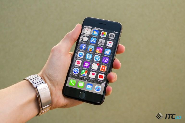 Обзор смартфона Apple iPhone 8