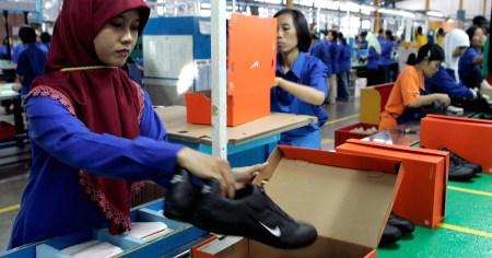 Financial Times: Nike оставит тысячи людей без работы, автоматизировав производство