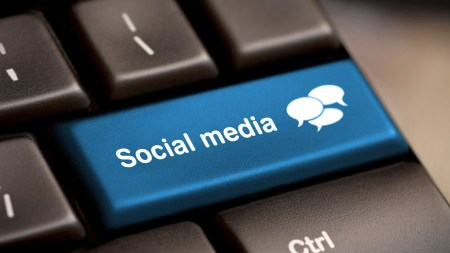 Ученые: по лайкам в Facebook можно узнать сексуальную ориентацию и IQ, а по постам в Twitter — характер и склонность к инфаркту