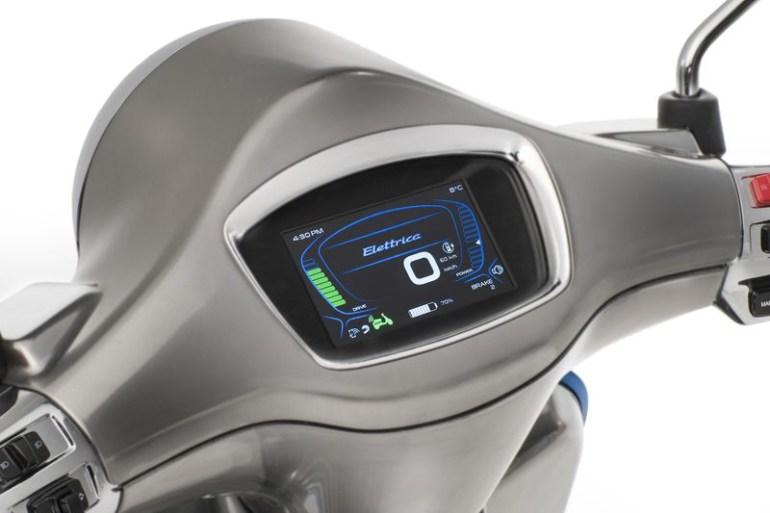 Электрический мотороллер Vespa Elettrica выйдет на рынок в 2018 году, он получит двигатель на 2 кВт, запас хода 100 км и гибридную версию Elettrica X