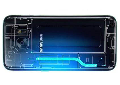 Samsung продолжит использовать тепловые трубки в смартфонах в 2018 году, а с 2019 может перейти на испарительные камеры