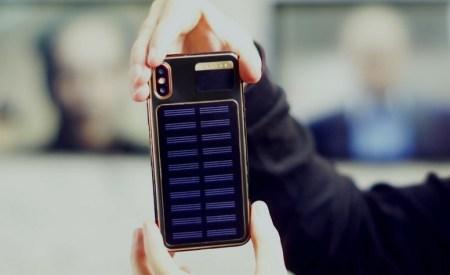 Caviar выпустила смартфон iPhone X Tesla со встроенной в корпус солнечной батареей