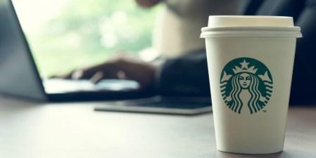 Провайдер кофеен Starbucks через Wi-Fi внедрял в устройства посетителей код для добычи криптовалюты Monero