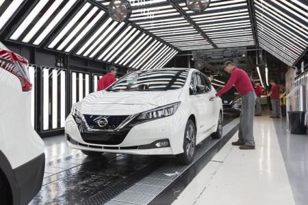 В Великобритании стартовало производство нового Nissan Leaf для европейского рынка, первые покупатели получат его уже в феврале 2018 года