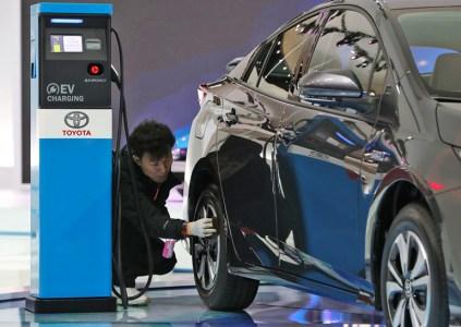 Toyota и Panasonic планируют совместно улучшать призматические батареи для использования в электромобилях