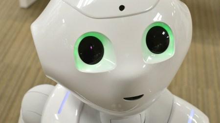 Создатель человекоподобного робота Софии рассказал о своем видении будущего ИИ