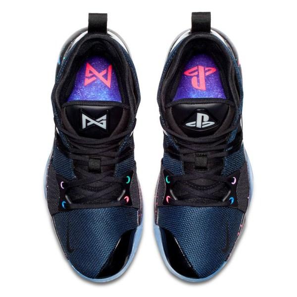 Nike совместно с баскетболистом Полом Джорджем выпустили кроссовки PG2 в стилистике PlayStation