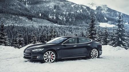 «Каждый второй — электромобиль или гибрид»: В декабре 52% покупателей автомобилей в Норвегии выбрали электрические модели, тот же показатель за весь 2017 год составил 39%