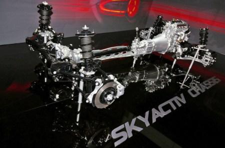 Mazda обещает ДВС, который сделает бензиновые автомобили столь же экологически чистыми, как электромобили