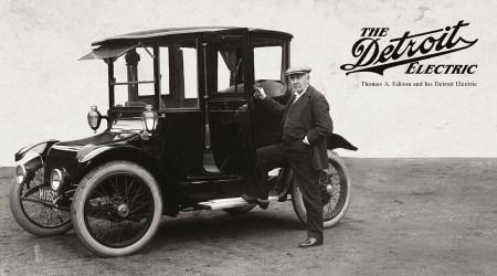 Интересный факт: В 1900 году более трети (38%) всех американских автомобилей были электрическими, 40% — паровыми и только 22% — бензиновыми