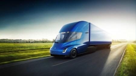 Tesla совместно с партнёрами займётся созданием сети зарядных станций для электрических грузовиков Semi