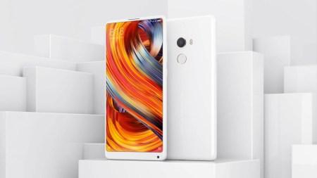 Смартфон Xiaomi Mi Mix 2 (керамическая версия) подешевел на $130 перед анонсом преемника