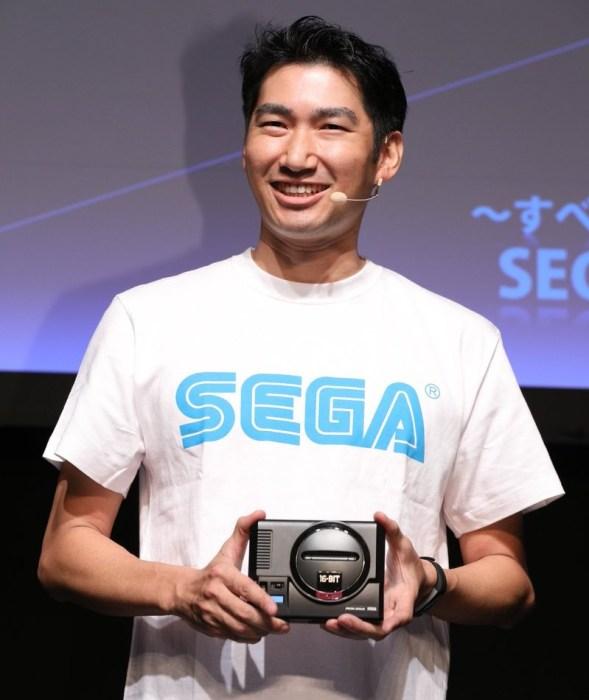 Sega представила Mega Drive Mini - миниверсию классической консоли в честь ее 30-летнего юбилея