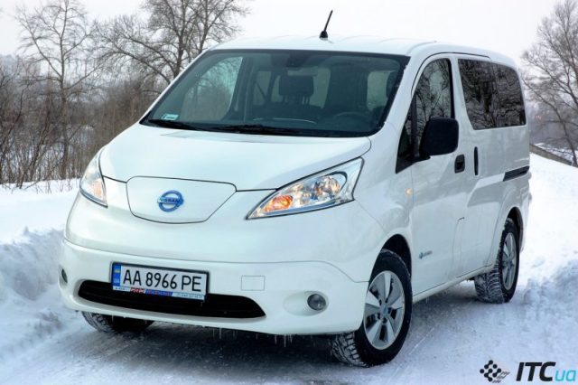 Тест-драйв Nissan e-NV200: электромобиль для большой семьи - ITC.ua