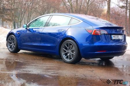 Чтобы нарастить производство Model 3, Tesla наймет еще рабочих и начнет собирать автомобили в режиме 24/7