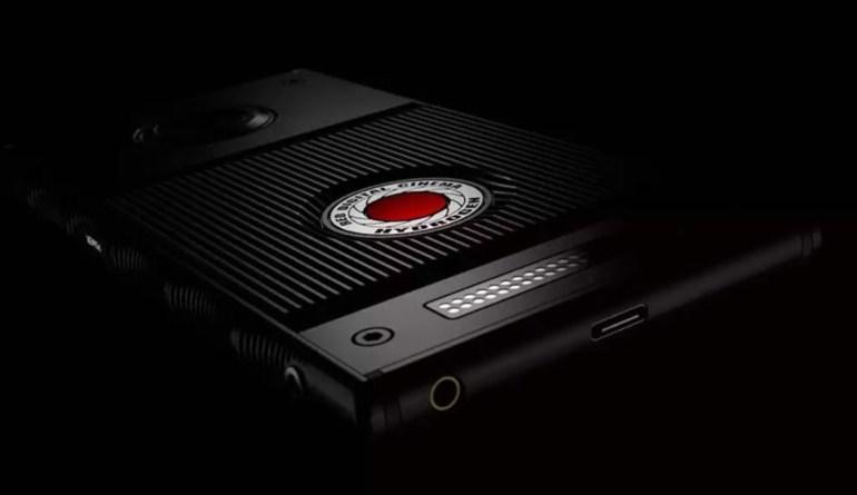 RED создаёт специальную 3D-камеру 8K для своего смартфона Hydrogen One с «голографическим дисплеем»