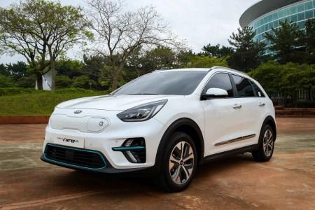 В Корее представили серийную версию электрокроссовера Kia Niro EV с запасом хода до 380 км, продажи стартуют уже до конца текущего года