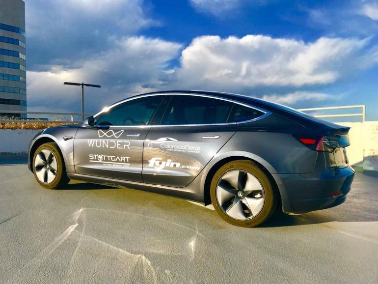 Американцы проехали 975 км на одном заряде батареи Tesla Model 3 в режиме «сверхкилометража». Установив рекорд, электромобиль сломался