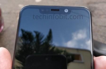 Motorola One Power: первый смартфон бренда с вырезом в экране предстал на живых снимках