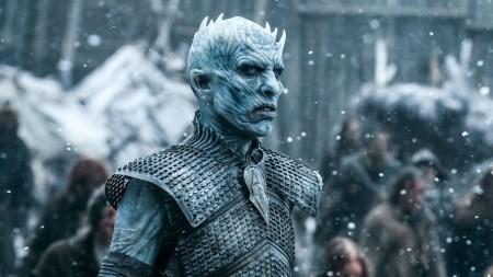 HBO утвердила первый приквел-сериал по вселенной Game of Thrones. Авторами выступят Джордж Мартин и Джейн Голдман, а действия будут развиваться в «Эру Героев» за тысячелетия до «Игры престолов»