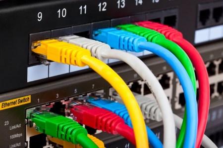МЭРТ разрабатывает проект по стандартизации украинского интернета, основные цели — не менее 30 Мбит/с для всех и 100 Мбит/с для 80% домохозяйств к 2022 году