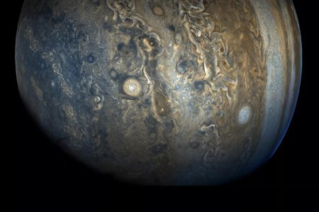 Вокруг Юпитера нашли еще 12 спутников, один из них вращается по наклонной к остальным орбите
