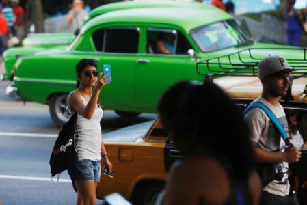 На Кубе впервые появился мобильный интернет