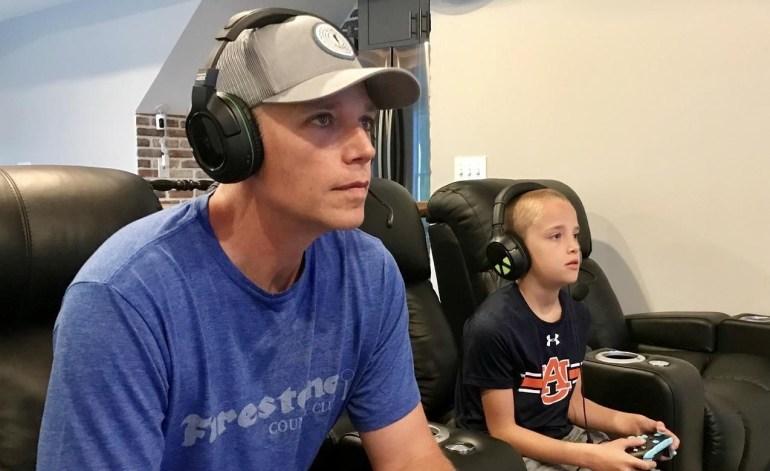 В США родители нанимают детям «репетиторов» по Fortnite и согласны платить им по $15-20 в час