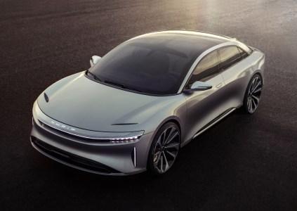 Не Tesla единой: Саудовский фонд также хочет вложить $1 млрд в китайского производителя электромобилей Lucid Motors