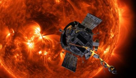 «Навстречу солнечному ветру»: NASA отправило к Солнцу зонд Parker Solar Probe
