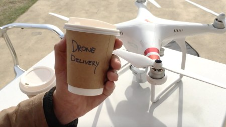 IBM запатентовала дронов — носильщиков кофе