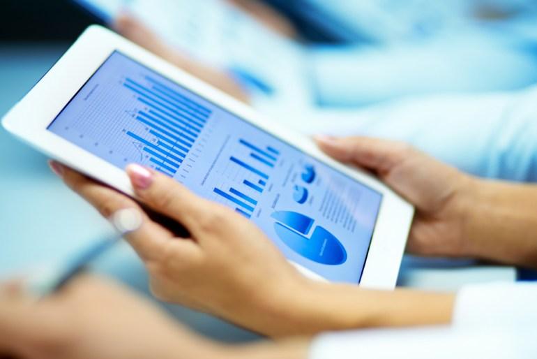 """""""ПриватБанк"""" запустил оплату Apple Pay в мобильных приложениях и пообещал начать онлайн-продажи ОВГЗ физлицам до конца года"""