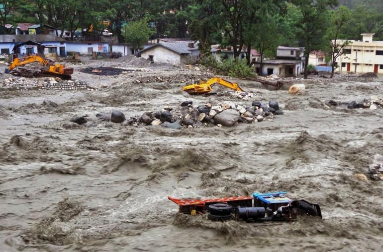 Google использует искусственный интеллект, чтобы предсказывать наводнения в Индии