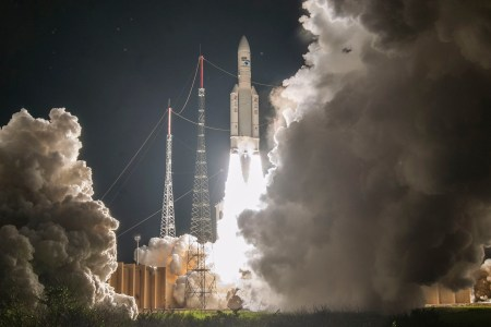 ESA и Arianespace провели сотый запуск ракеты-носителя Ariane 5