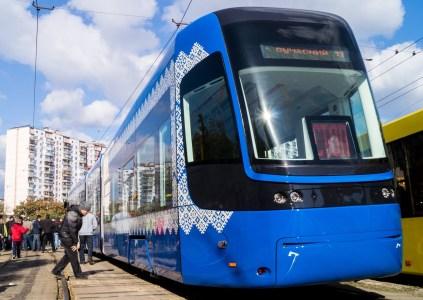 Осокорки и Троещину хотят соединить новой 22-километровой автомагистралью со скоростным трамваем