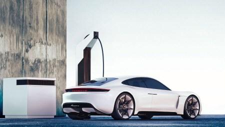 Porsche разработала недорогую скоростную зарядку, которую можно собрать под свои требования из ряда модулей FlexBoxes