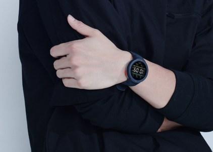 Huami выпустила умные часы с постоянным отслеживанием сердечного ритма и фитнес-трекер с датчиком ЭКГ